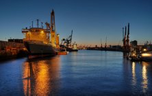 Container ships in hamburger port at night, Port of Hamburg — Stock Photo