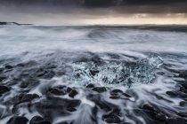 Ісландія, Льодовикове озеро Jokulsarlon — стокове фото