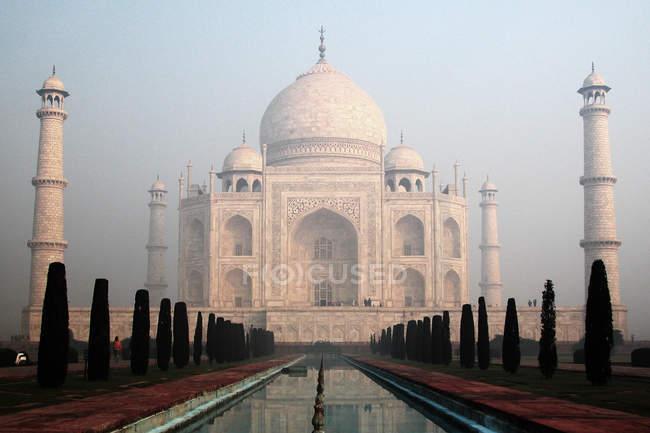 Héritage culturel de monde, marbre taj mahal en Inde — Photo de stock
