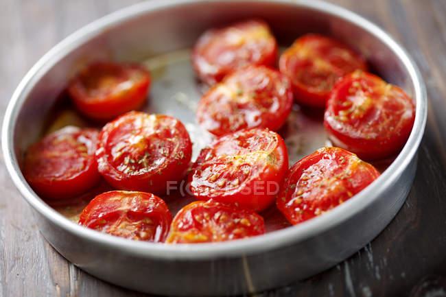 Geröstete Tomaten Antipasti in Pfanne — Stockfoto