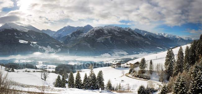Europäische Alpen, Österreich, Großglockner im Winter Panorama — Stockfoto