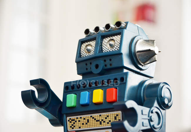 Brinquedo robô retrô, close-up — Fotografia de Stock