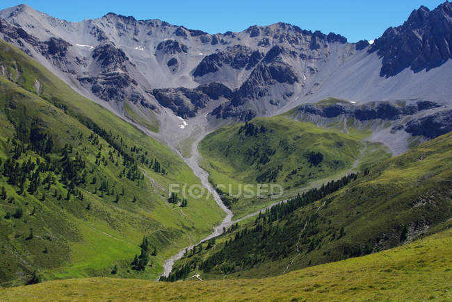 Canton of Grisons, mountain ranges in switzerland, swiss national park — Stock Photo