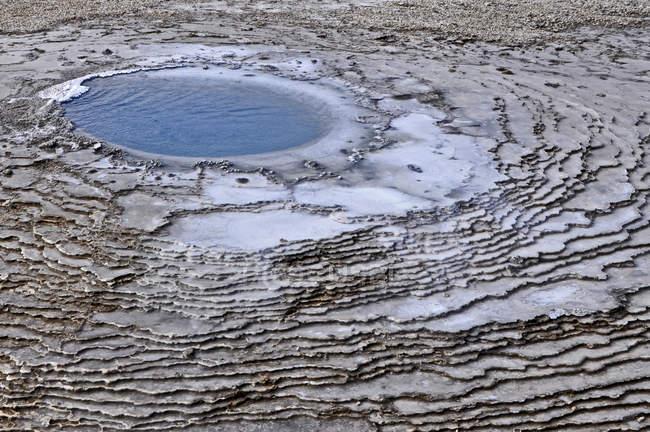 Водоемов гейзеров, эрозии земли осаждения — стоковое фото