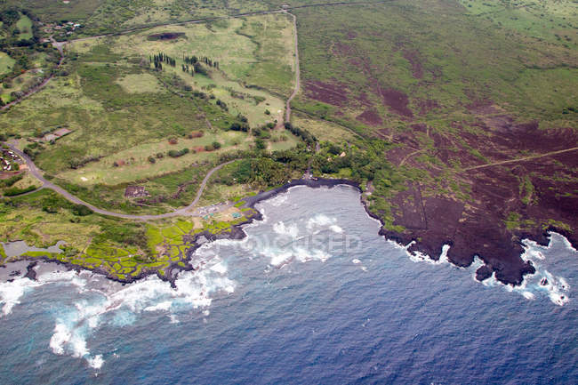 Aerial view of Hawaii islands, pacific ocean, south coast — Stock Photo