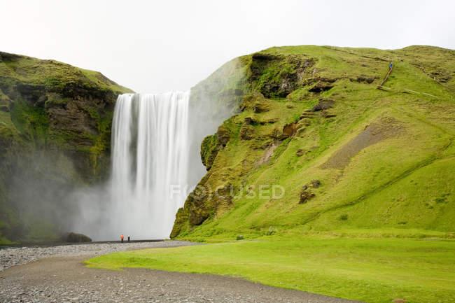 Waterfall Skogafoss in iceland nature — Stock Photo