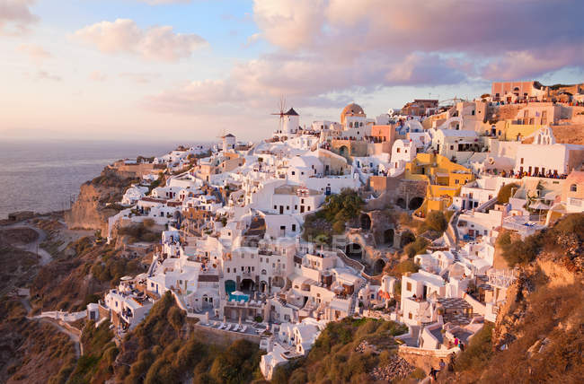 Greece, santorini, oia at sunset — Stock Photo