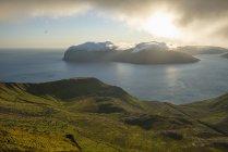 Мальовничий вид на Фарерських островах сонячний день — стокове фото