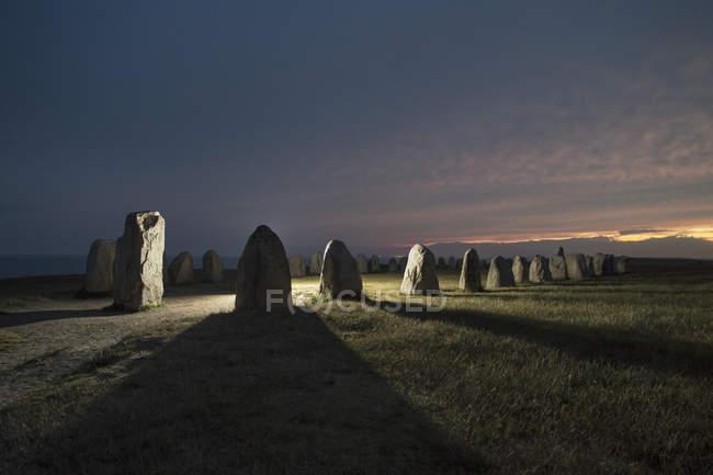 Callanish cerchio di pietra sul campo durante il tramonto — Foto stock