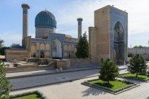 Uzbekistan, Samarkand province, Samarkand, The Gur Emir mausoleum in the Uzbek city of Samarkand is the tomb of Timur Lenk — Stock Photo