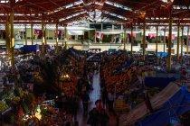Висока кут зору міста Арекіпа ринку, Арекіпа, Перу — стокове фото