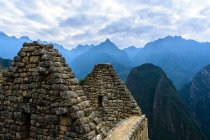 Peru, Cusco, Urubamba, ancient ruins of Machu Picchu is a UNESCO world heritage site — Stock Photo