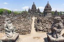 Indonesien, Java Tengah, Klaten, Sewu Tempel, Statuen vom buddhistischen Tempel — Stockfoto