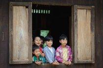 Myanmar (Burma), Mandalay Region, Taungtha, Taung Ba, Mandalay Province, Taung Ba Primary School — Fotografia de Stock