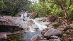 Australia, Queensland, Wooroonooran, Josephine Falls paesaggio panoramico — Foto stock