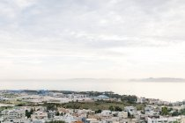 Greece, Attica, Athina, houses and airfield in Athens, view of Athens and the present islands from above — Stock Photo