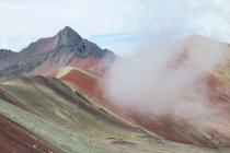 Peru, qosqo, cusco, Blick auf Wanderung zum Regenbogenberg — Stockfoto