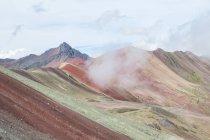 Peru, qosqo, cusco, Wanderung zum Regenbogenberg, einsame Berglandschaft — Stockfoto
