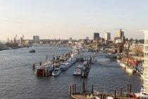 Germania, Amburgo, vista della Marina di città dall'Elba dall'alto — Foto stock