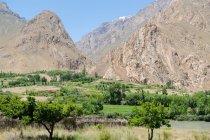 Tajiquistão, montanhas e o vale de Wakhan pelo rio Panj — Fotografia de Stock