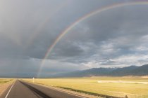 Kyrgyzstan, Naryn Region, At-Bashi District, Double Rainbow, Road to Tash Rabat — Stock Photo