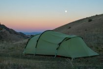 Kazakistan, Almaty provincia, distretto di Eńbekšiqazaq, campeggio nel deserto, Kazakistan — Foto stock