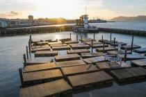 USA, Kalifornien, San Francisco, Pier 39 ist Teil des Fischerstegs im Norden von San Francisco, Sonnenuntergang — Stockfoto