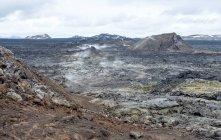 Мальовничі краєвиди steaming volcanic ущелина, Leirhnjukur, Ісландія — стокове фото