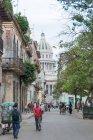 Cuba, L'Avana, veduta di Capitolio dalla strada Teniente Rey — Foto stock