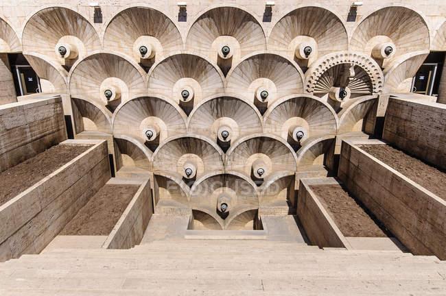 Вірменія, Єреван, Kentron, Каскад, Музей сучасного мистецтва у столиці Вірменії Єревані — стокове фото