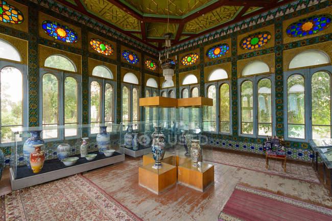 Узбекистан, провінція Бухара, Бухара, літній палац Sitorei — стокове фото