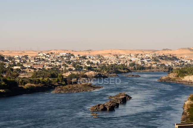 Єгипет, Асуан Gouvernement, Асуан, мальовничим видом на Ніл поблизу Aswan — стокове фото