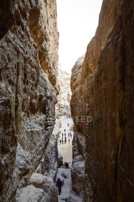 Jordan, Ma'an Gouvernement, Petra District, The legendary rock city of Petra Stone, inside Treasure House of the Pharaoh canyon — Stock Photo