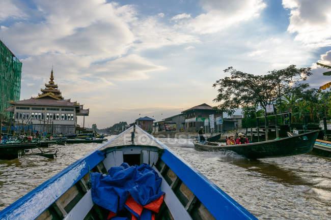 М'янма (Бірма), Шань, Taunggyi, подорож на човні по озеру озері Інле — стокове фото