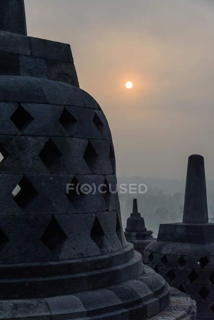Indonésie, Java Tengah, Magelang, Borobodur l'un des temples bouddhistes d'Asie du Sud-Est et patrimoine culturel mondial de l'UNESCO — Photo de stock