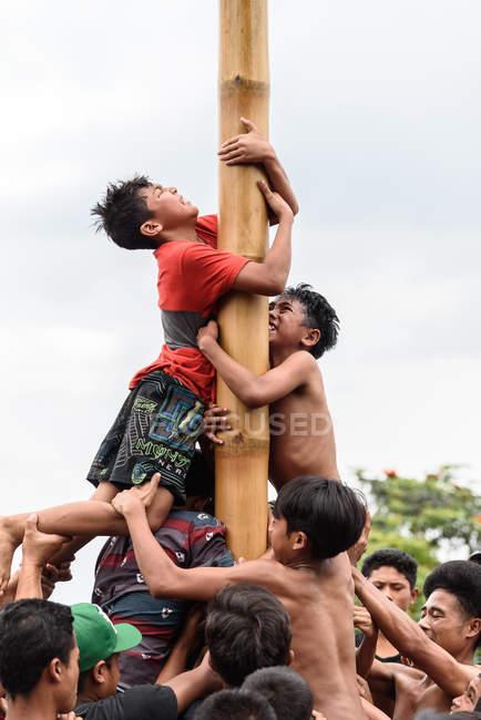 Kabul Buleleng Bali Indonesia August 17 2015 Teenagers
