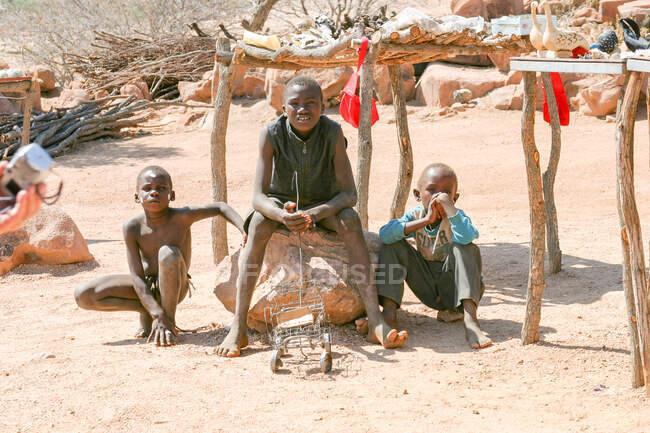 Namibia, Erongo, local children, children at Cape Cross — Stock Photo