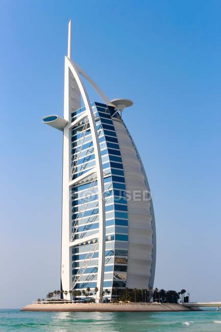 Объединенные Арабские Эмираты, Дубай, Бурдж-эль-Араб, 7-звездочный отель — стоковое фото