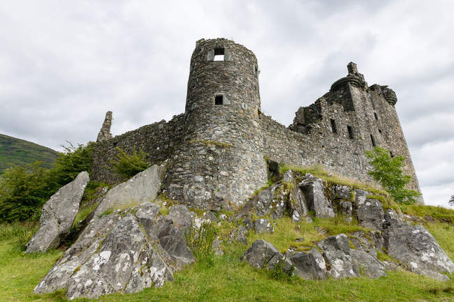 Vereinigtes Königreich, Schottland, Argyll und Tribute, dalmalally, loch awe, kilchurn castle bottom view — Stockfoto
