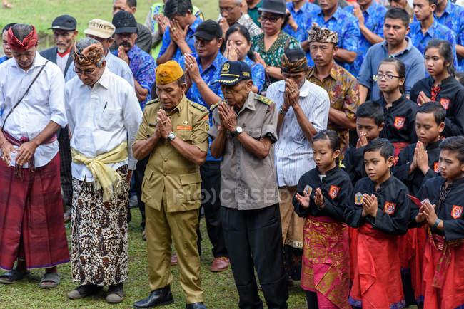 KABUL BULELENG, BALI, INDONESIA - 17 DE AGOSTO DE 2015: La fiesta nacional en memoria del fin del dominio colonial holandés - foto de stock