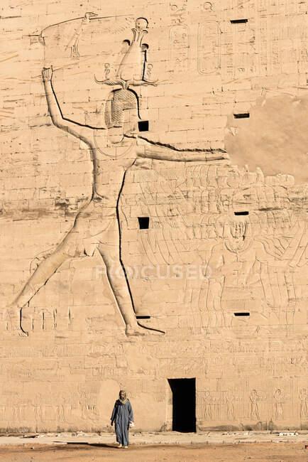 Egitto, Assuan Gouvernement, Edfu, Edfu, il tempio egiziano meglio conservato — Foto stock