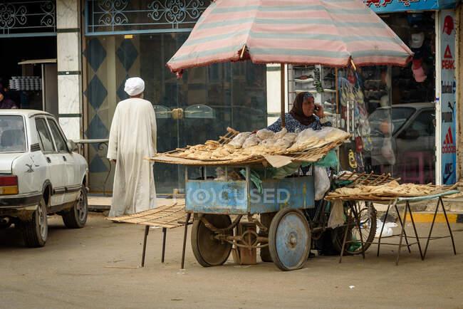 Ägypten, Gouvernement Gizeh, Dahshur, Straßenszene — Stockfoto