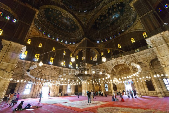 Egypt, Cairo Governorate, Cairo, The citadel with the alabaster mosque inner view — Stock Photo