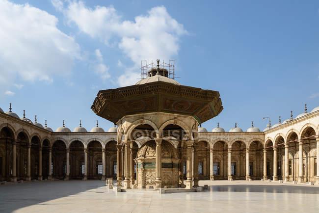 Egitto, Governatorato del Cairo, il Cairo, vista della cittadella con la Moschea dell'alabastro — Foto stock