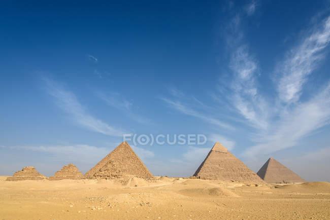 Egypt, Giza Gouvernement, Giza, Pyramids of Giza, UNESCO World Heritage sites — Stock Photo