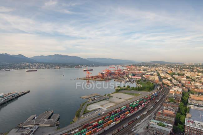 Канада, Британская Колумбия, порт Ванкувера сверху — стоковое фото