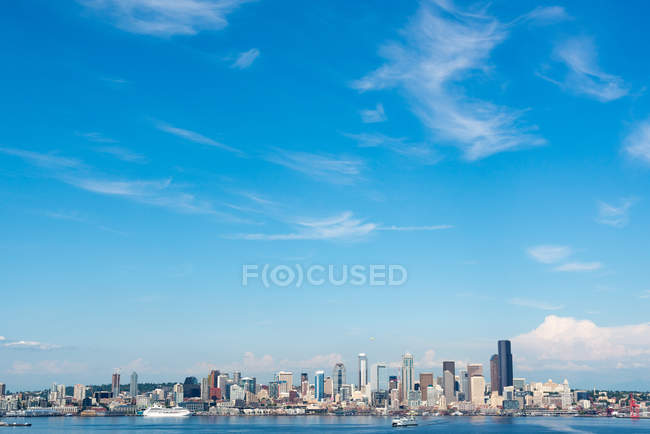 USA, Washington, Seattle, skyline by the sea — Stock Photo