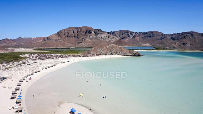 Мексика, Нижня Каліфорнія сюр, Ла-Пас, пляж Balandra пляж зверху — стокове фото