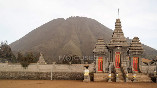 Indonésie, Jawa Timur, Probolinggo, Temple près de la montagne Bromo — Photo de stock