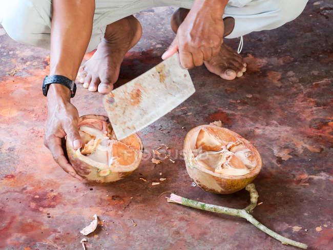 Таїланд, Чанг Wat Пханг Нга, тамбон Khuekkhak традиційних Batiken в Baan Сем Чонг Nua — стокове фото